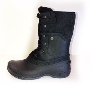 NWT North face waterproof boot